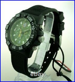 - 33 % Ersparnis Luminox Navy Seal Chronograph XS. 3597 3580 Series Neu OVP