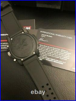 $525 LUMINOX Navy Seal CHRONOGRAPH 200 Meter Silicone Band Swiss Watch XS. 3081. L