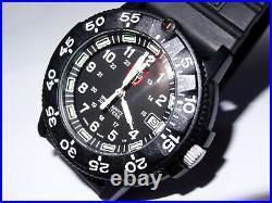 Great 43mm Luminox Navy Seals 3000 3900 V3 Black Dial 200M Watch withLuminox Case