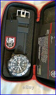 Luminox Colormark Navy Seal Watch XS 3051 NEW 44mm Black/white