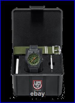 Luminox Navy SEAL Carbon Case Green Dial Black Strap Mens Watch XS. 3517. NQ. SET