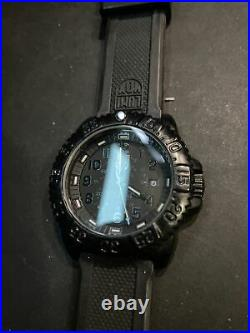 Luminox Navy Seal 3050/3950 Blackout Watch Rubber Band, Please Read