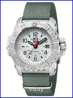 Luminox Navy Seal 3250 Stainless Steel White Dial Nato Band Men's Watch XS. 3257