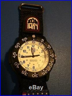 Luminox Navy Seal Series 3000 Quartz Mens Watch