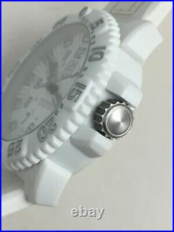 Luminox Navy Seals Series 3050 Tolle Sommeruhr in weiss Top