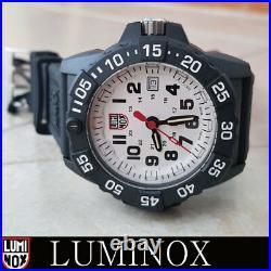 Luminox XS. 3507 Navy Seal Trident Rubber 45mm Swiss made 20ATM