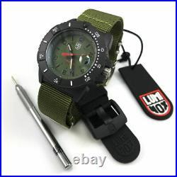 Men's Luminox Navy SEAL Diver's 200 Meter Watch Set 3617. SET