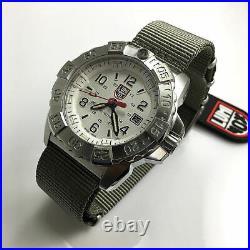 Men's Luminox Navy SEAL Steel Diver's 200 m WR Watch 3257