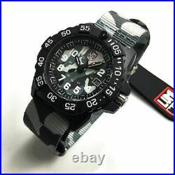 Men's Luminox Navy SEAL Trident Diver's Camoflage Strap Watch 3507. PH