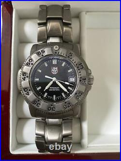 Mens Luminox Navy SEAL Watch Titanium 3600 Series 200m Runs MINT cond swiss Made