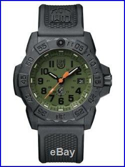 New Luminox Navy Seal 3500 Series Green Dial Black Arabic Rubber 3517. Nq. Set