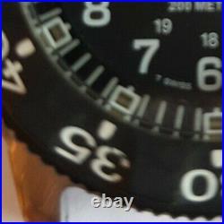 Rare 2005 Luminox 3100 200m navy seals watch swiss made, with box